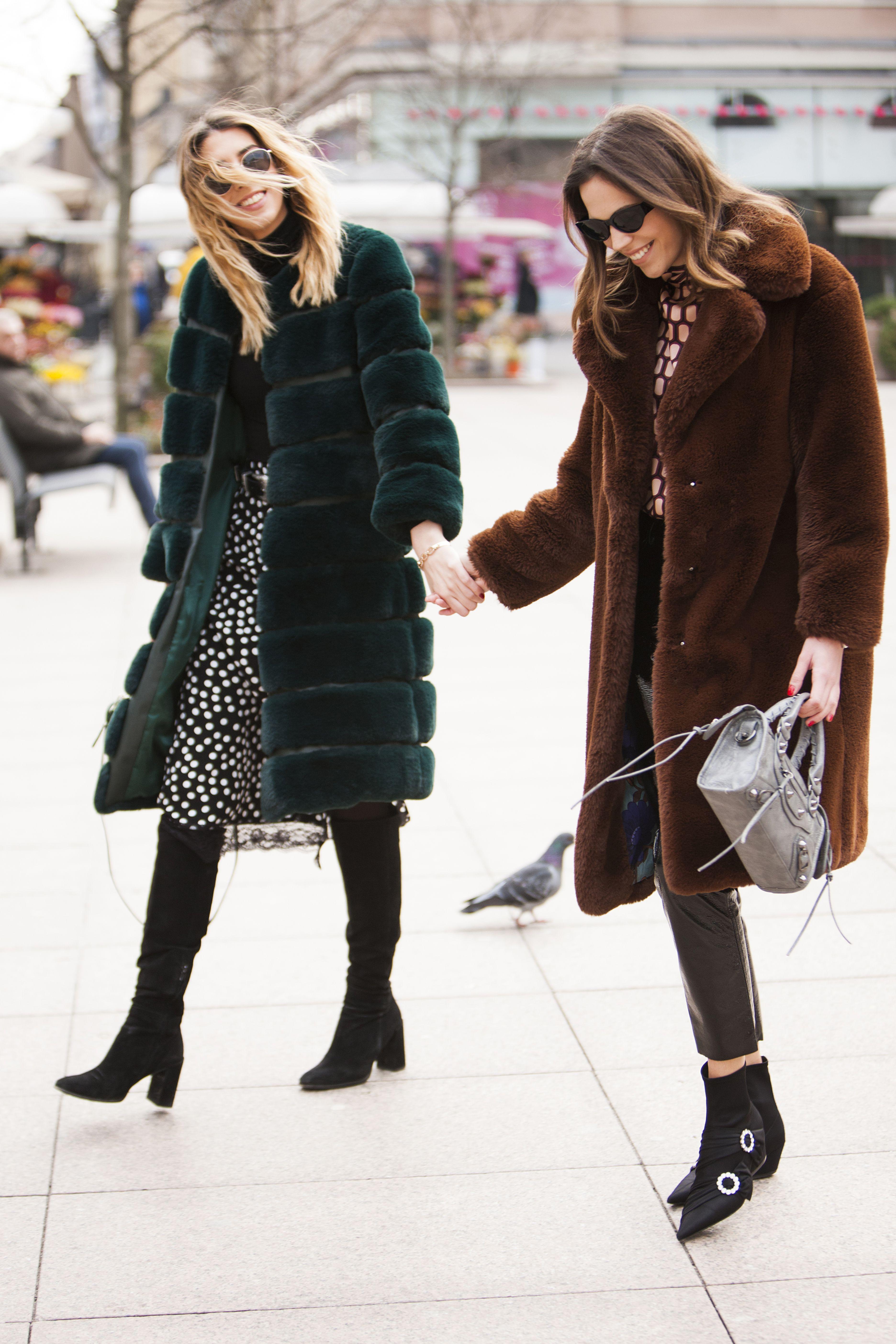 Stvarno su predivne: Ove frendice osvojile su sve simpatije svojim šarmom, ali i stilom!