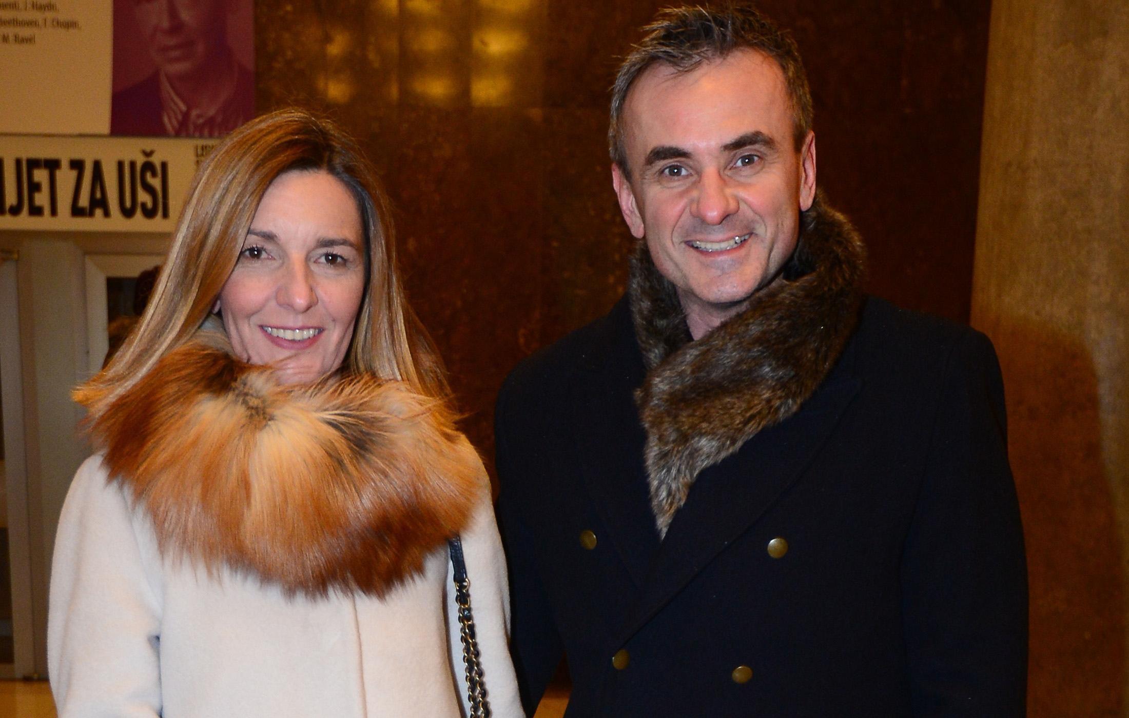 Davor Meštrović i njegova supruga vole isti modni detalj - krznenu stolu!