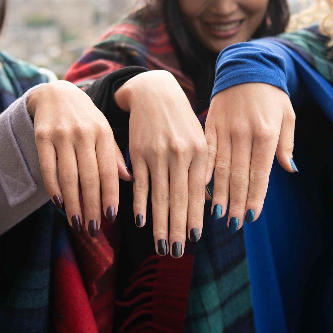 Ove zime na noktima nosimo neodoljive zagasite nijanse!
