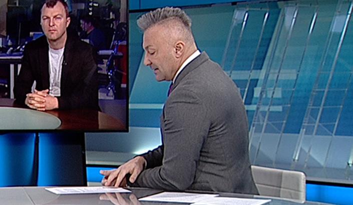 Iznenadio frizurom u jutarnjem programu: Irokeza Petra Vlahova postala predmet rasprave na društvenim mrežama