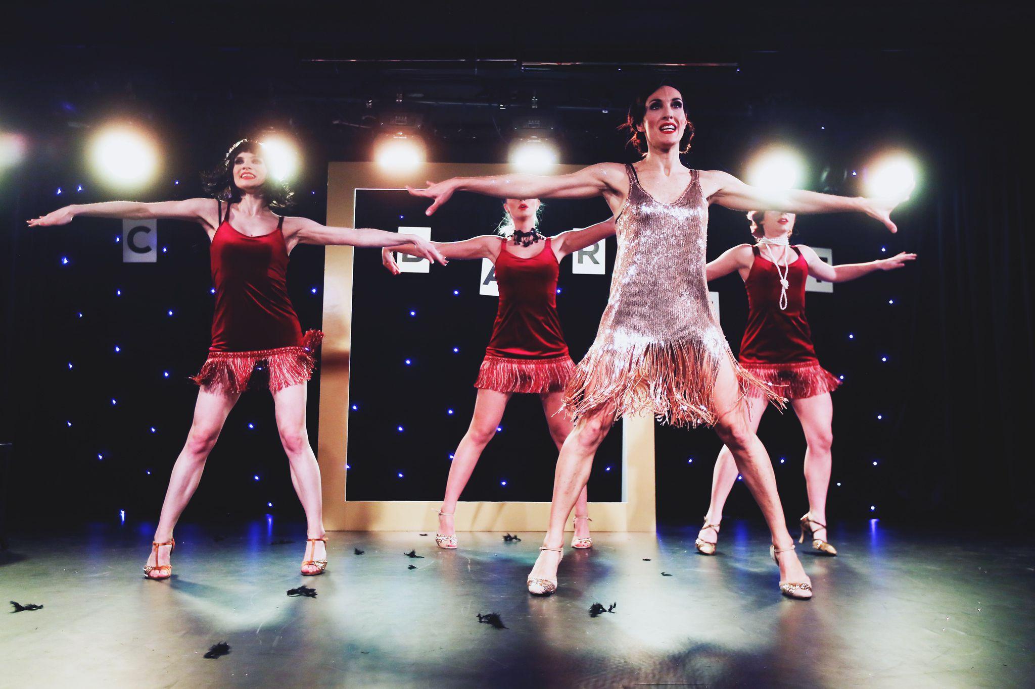 Larisa Lipovac u neviđenoj plesnoj izvedbi  predstavila novi cabaret