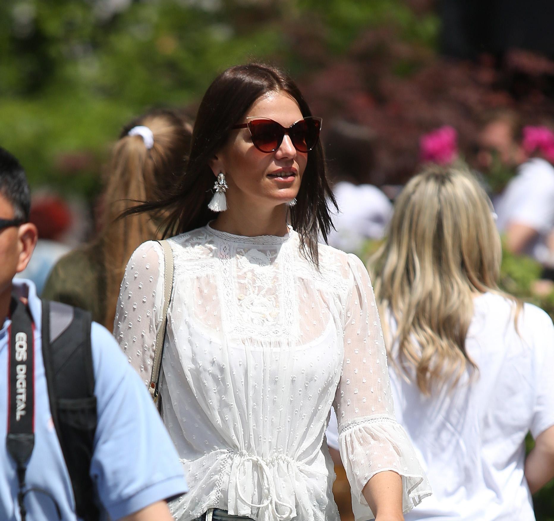 Zgodna dama iz centra Zagreba nosi komade s kojima u proljeće - nema greške!