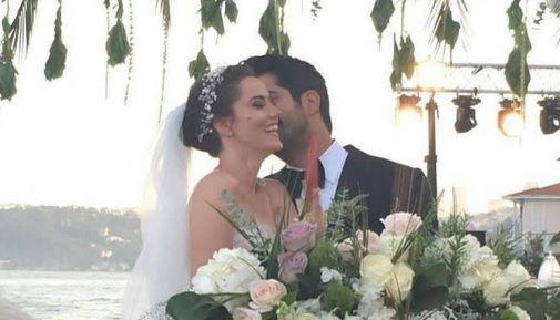 Burak zapalio internet fotografijom s medenog mjeseca!