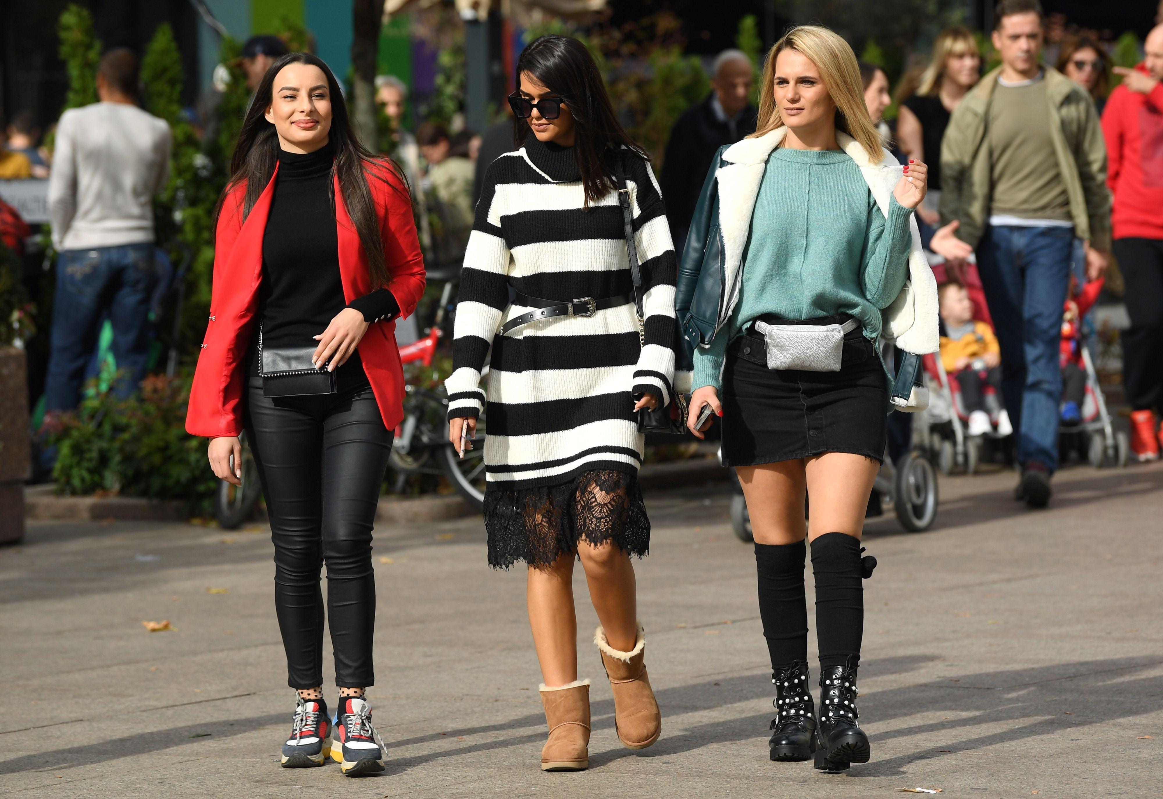 Kad su ove tri frendice prošle gradom, svi pogledi bili su uprti samo u njih!