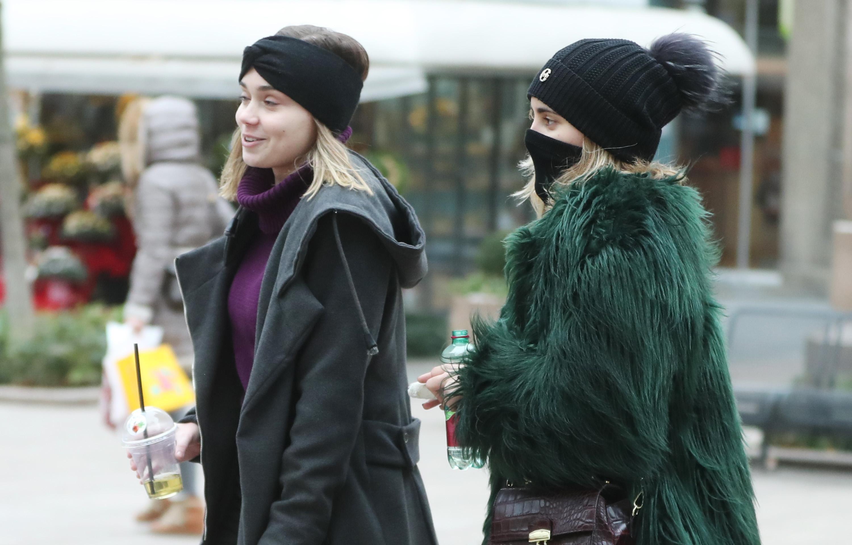 Zgodne djevojke u toplim kaputima i s maštovitim modnim dodacima nikog nisu ostavile ravnodušnim