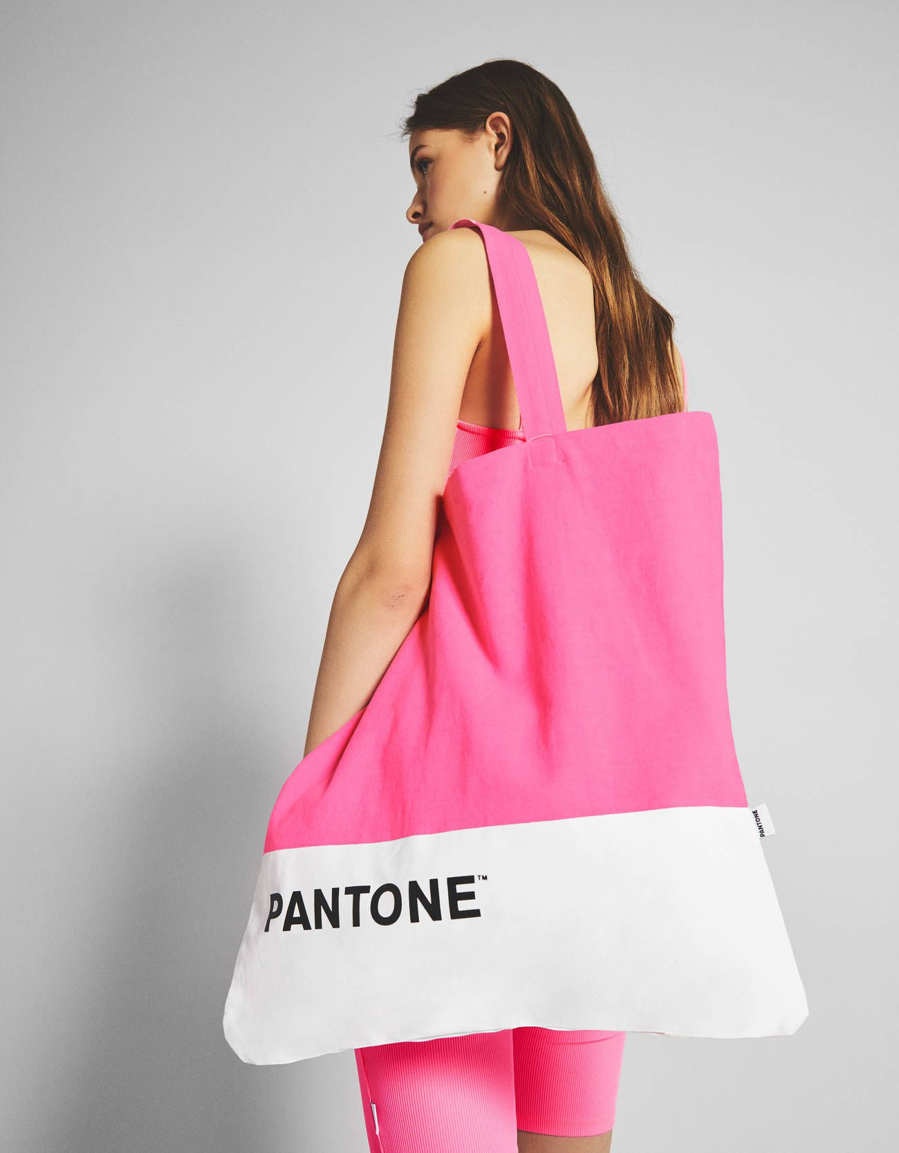 Nove velike torbe u Bershkinoj kolekciji neće proći nezamijećeno! Što kažete?