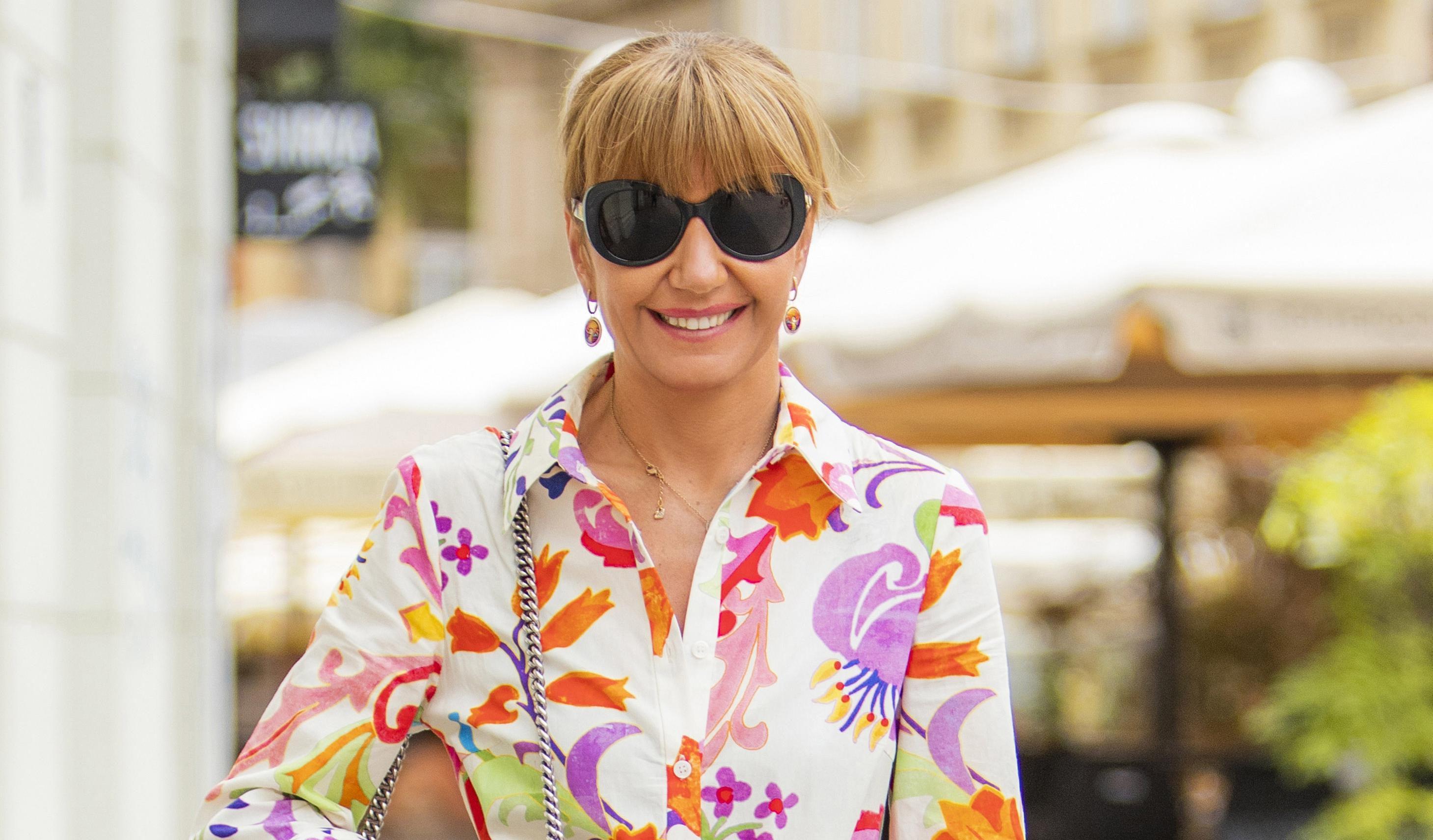 Elegancija kakvu ne viđamo često: Dama sa špice nosi haljinu koju cure ovog ljeta obožavaju