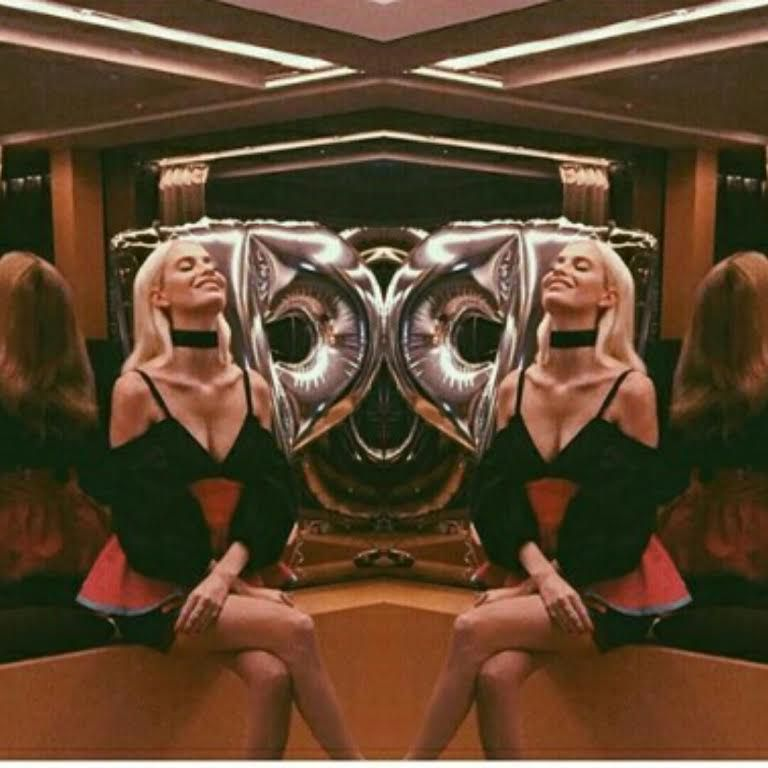 Instagram dnevnik: Poppy Delevigne