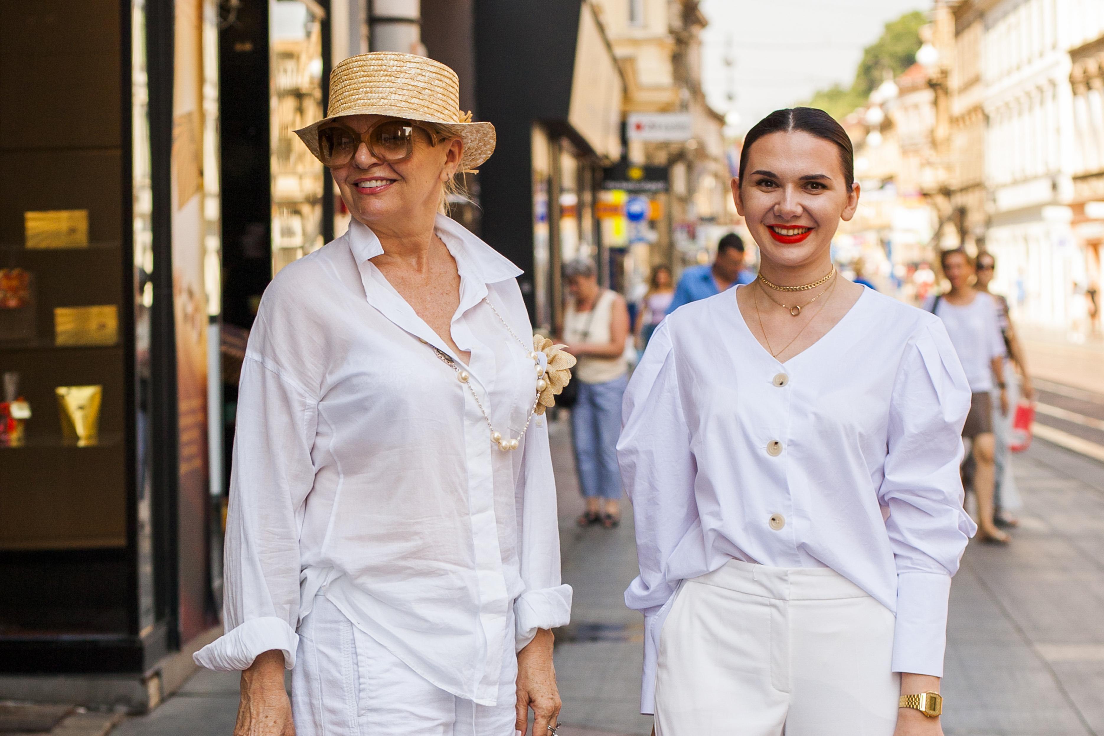 Ove dvije dame gradom su prošle u gotovo istom odličnom stylingu