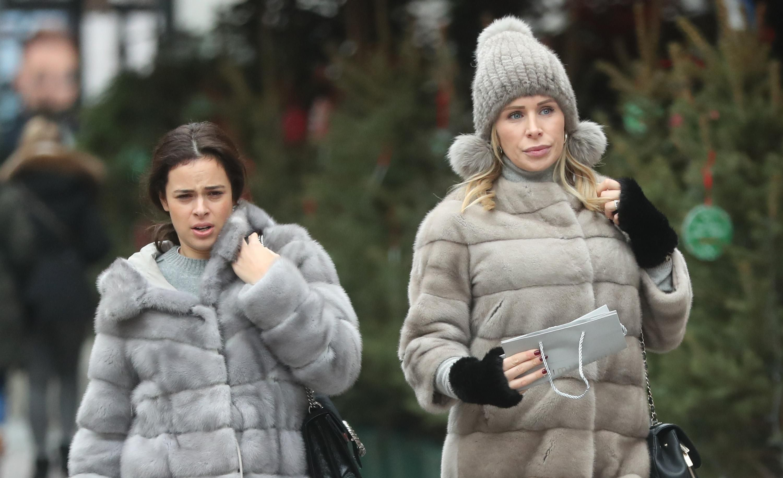 Sve nijanse sive! Dame iz centra grada krznene bunde izvrsno su uklopile u svoje outfite