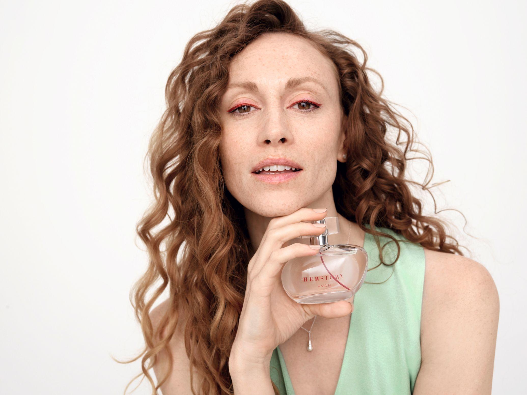 Avon predstavlja Her Story, novi miris koji slavi stvarne inspirativne priče žena