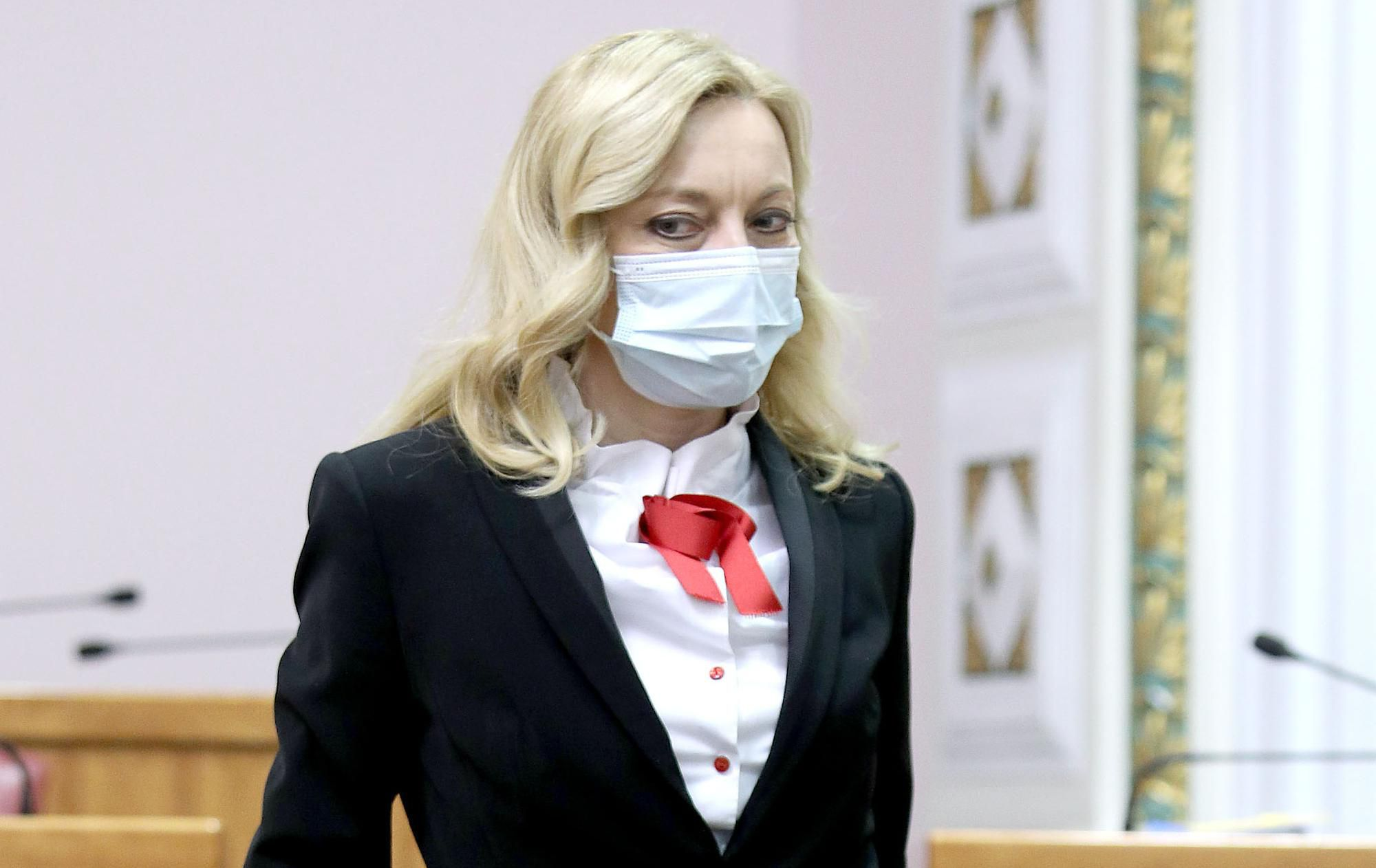 """Savjetnica za blagdansku kombinaciju Marijane Petir ima samo riječi hvale, a jednim je detaljem posebno """"pogodila"""""""