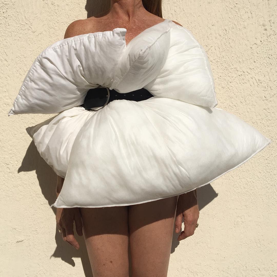 Haljina od jastuka ili od tepiha za kupaonicu: Da, i to postoji
