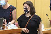 Saborska zastupnica prekršila dress code: Kratka haljina nije mogla ostati nezamijećena