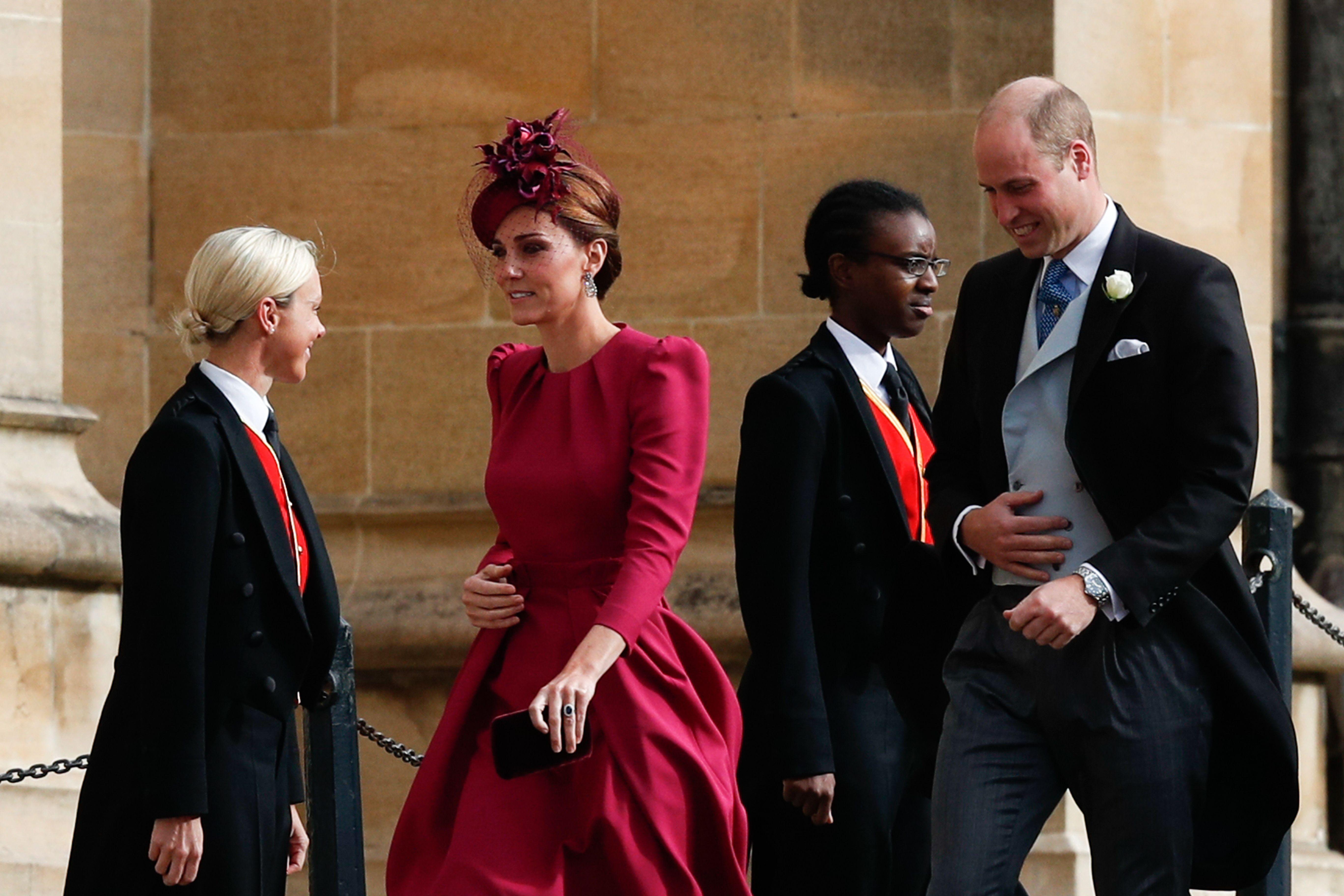 Kate Middleton tako rijetko viđamo u ovoj boji, a baš joj izvrsno pristaje