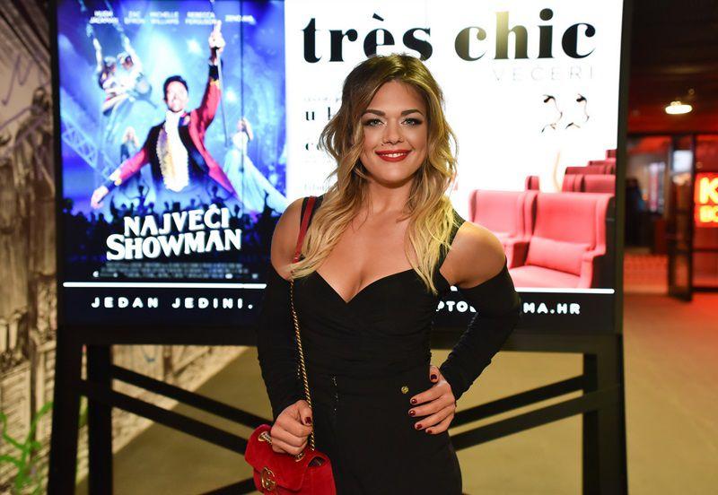 Sandra Perković opet oduševila: dizajnerska torba i seksi kombinezon za premijeru filma